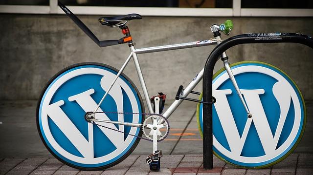 WordPressってなぜ無料で使えるの?誰が作ったの?