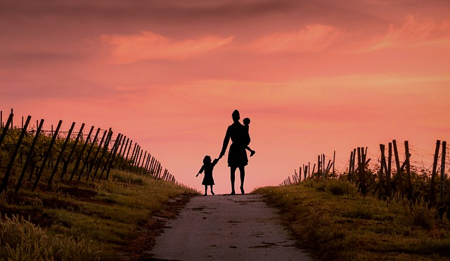 転勤族の孤独な育児を解決するには?私の試した方法や失敗談
