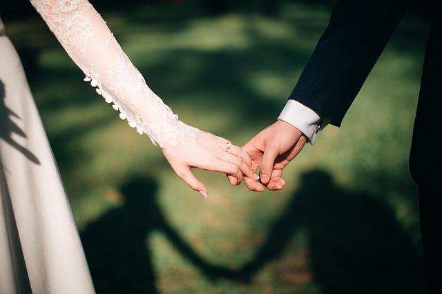 事実婚と同棲の違いをハッキリ言うと何?子供の戸籍や名字はどうなるの?